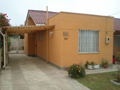 Se Arriendan Casa En El Quisco