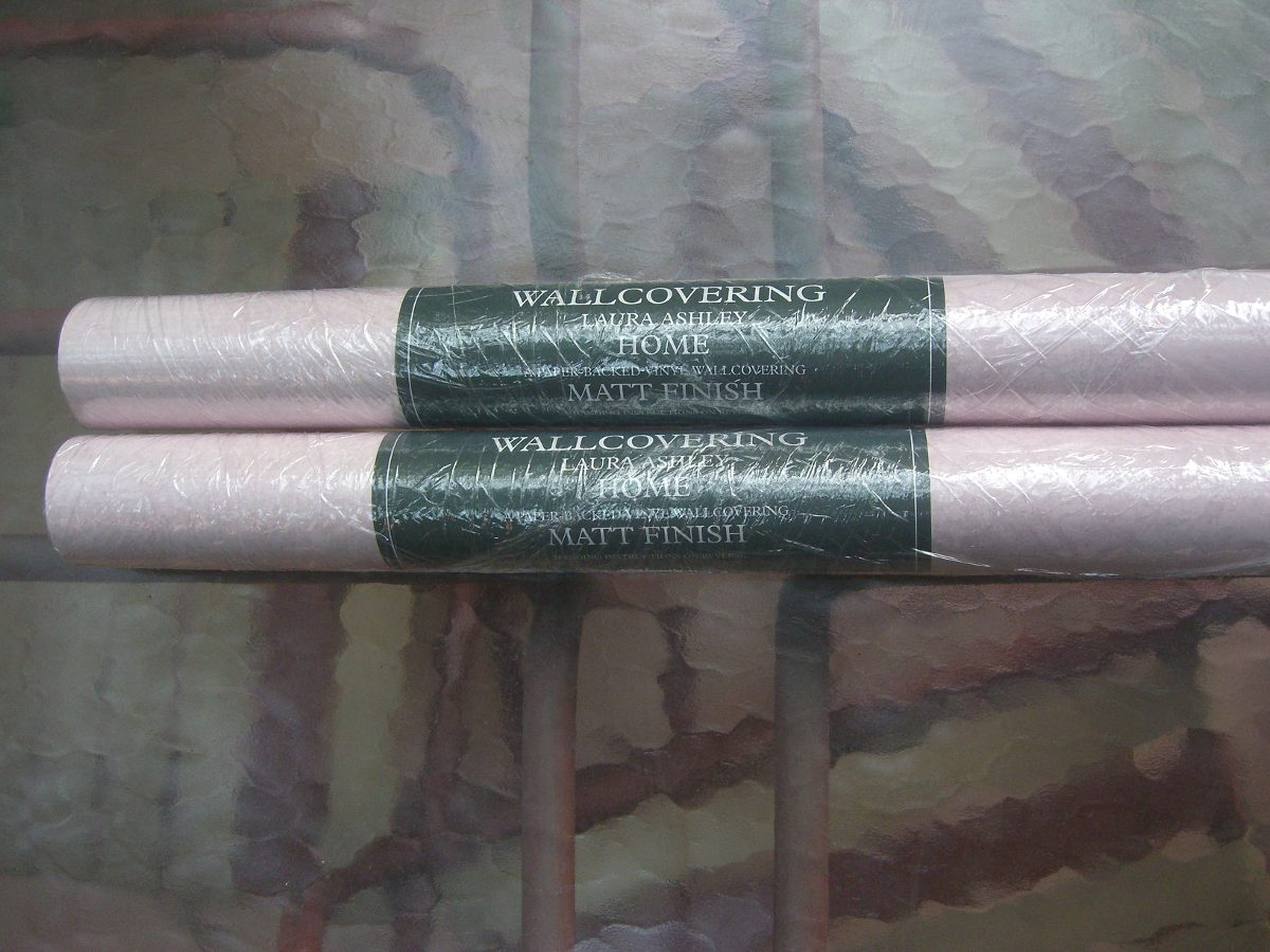 Dos rollos papel mural rosado o celeste en for Colowall papel mural santiago