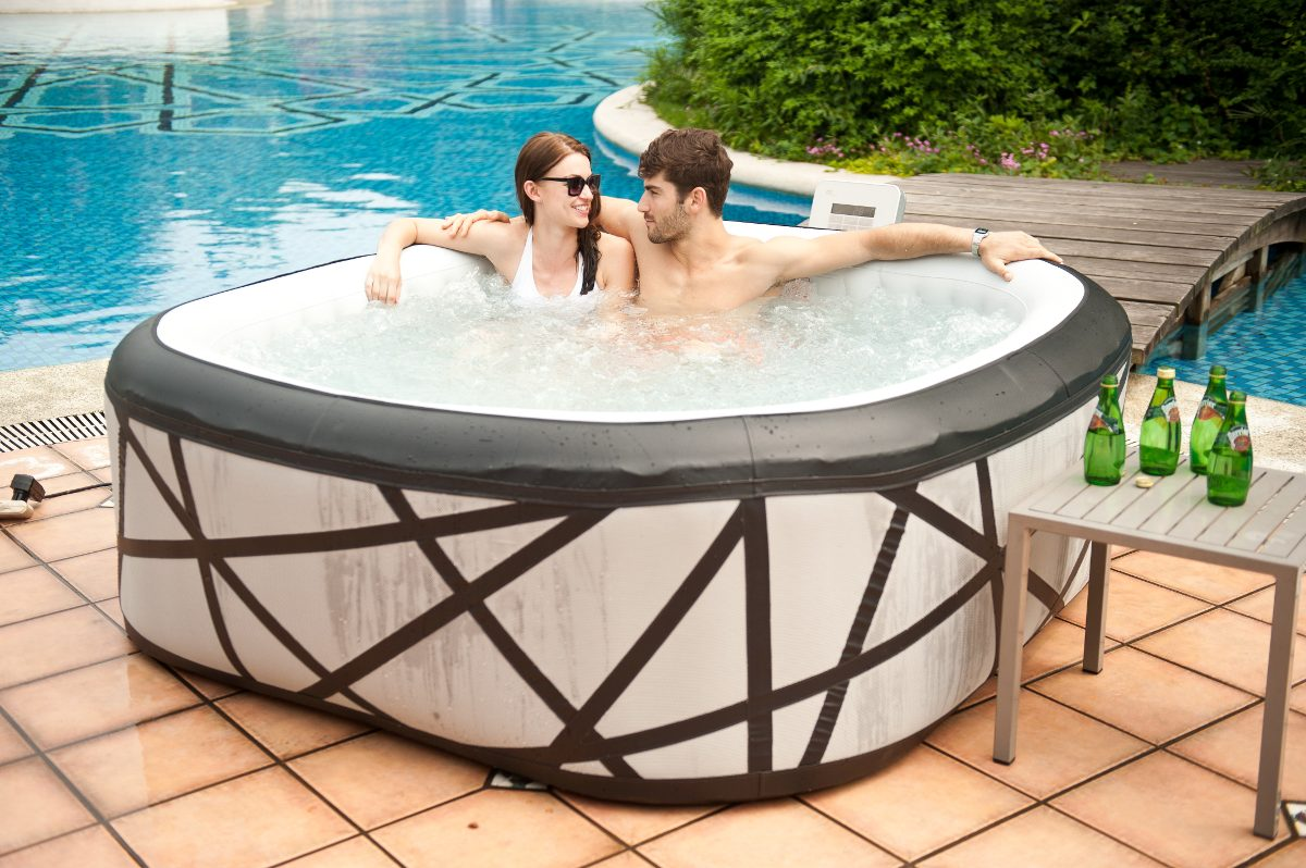 Mspa jacuzzi tina spa inflable 6 personas soho premium for Jacuzzi exterior 2 personas