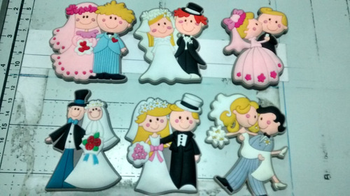 recuerdos matrimonio figuras imantadas